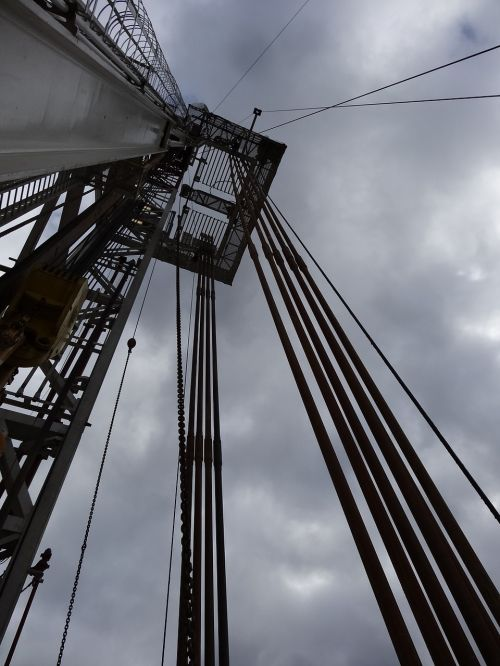 drilling rig the drill string shale gas
