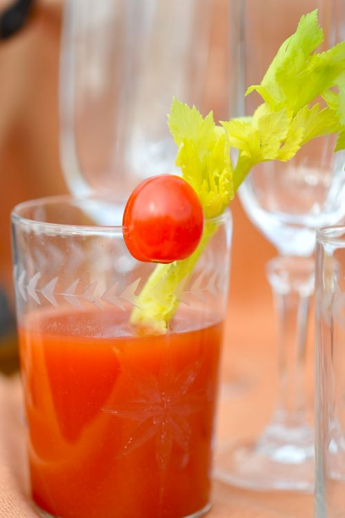 drink bloody mary alcohol