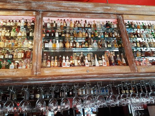 drink glasses cocktail