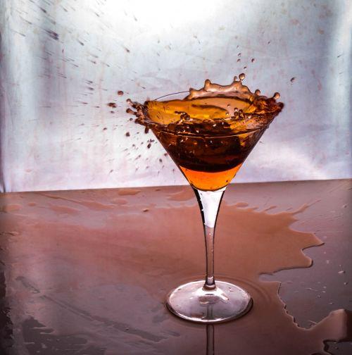 drink distillate cocktail