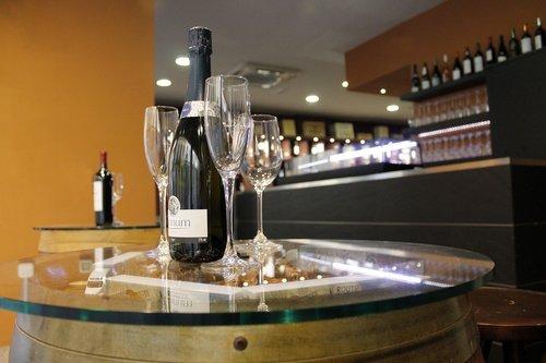 drink  alcoholic beverage  wine