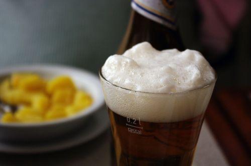 drink beer beer foam