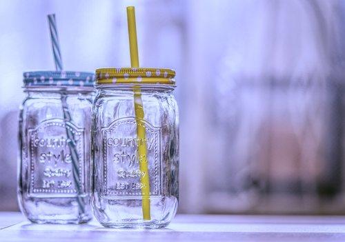 drinking glasses  straw  drink