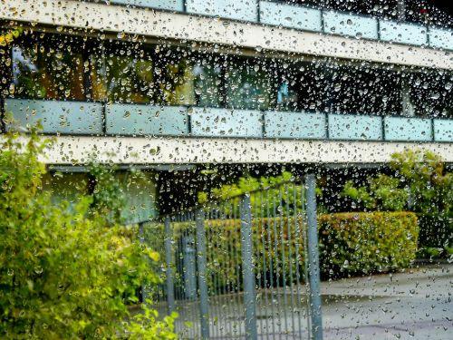 lašas vandens,lašelinė,lietus,pastatas,architektūra,miestas,fasadas,lietus