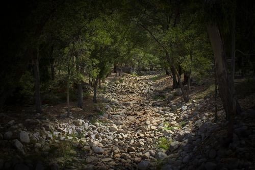 dry creek bed halls gap victoria