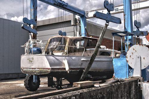 dry-dock boat dock