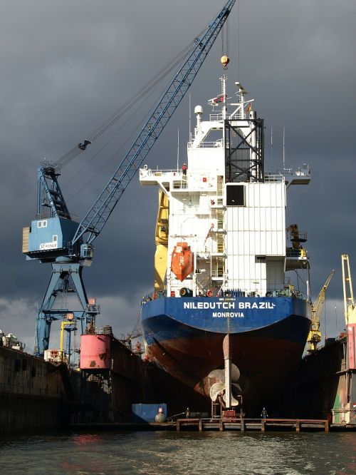 dry dock shipyard port
