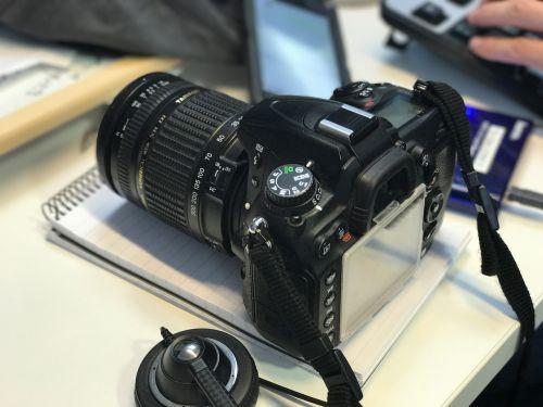 dslr camera digital
