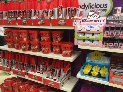 dubai supermarket candy