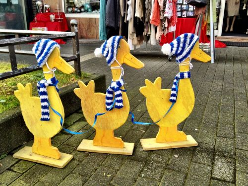 duck wooden group