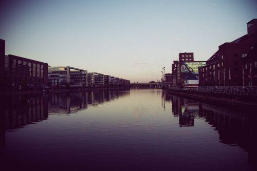 duisburg ruhr area port