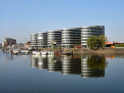 duisburg inenhafen port