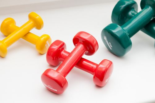 dumbbells color red