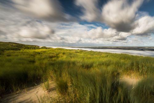 dune sea clouds