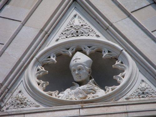 duomo di napoli facade marble sculpture
