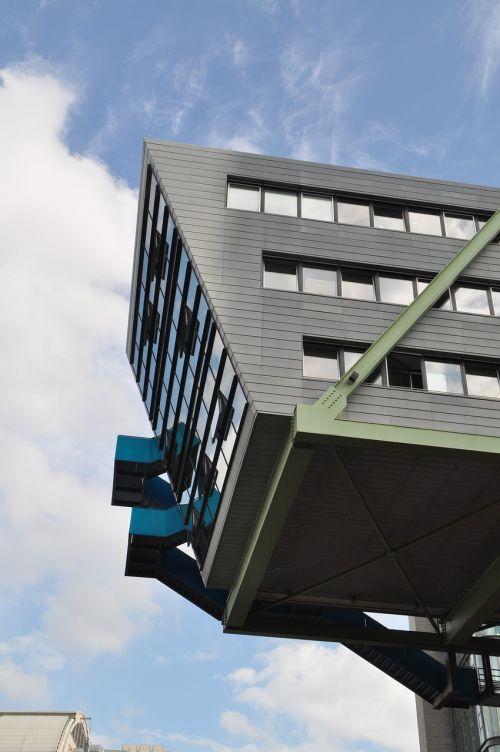 Diuseldorfas,žiniasklaidos uostas,architektūra,fasadas,šiuolaikiška,moderni architektūra,miesto