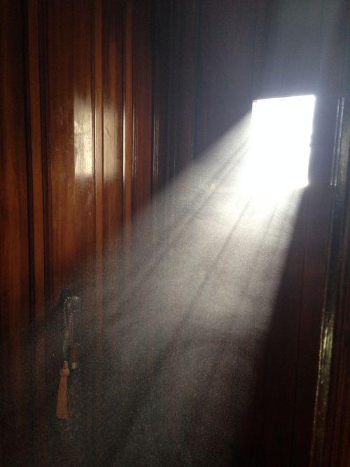 dust doorway door