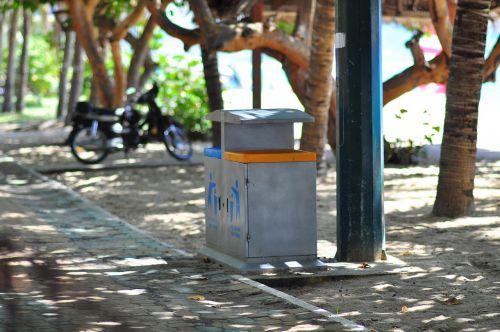 dustbin beach trash