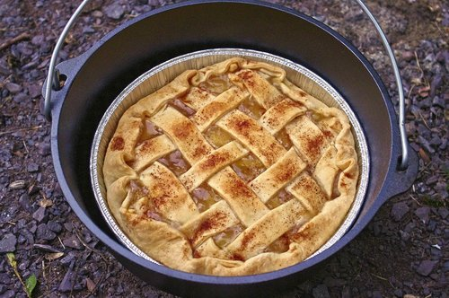 dutch oven apple pie  camp  cooking