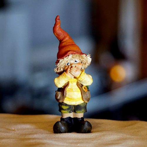 dwarf figure decoration