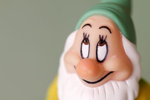 dwarf face eyes