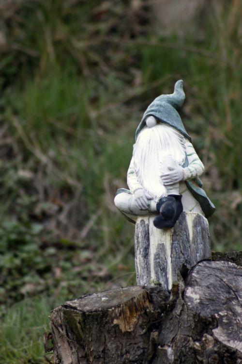 dwarf imp garden gnome