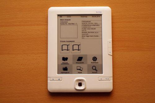 e-reader e-book ebook