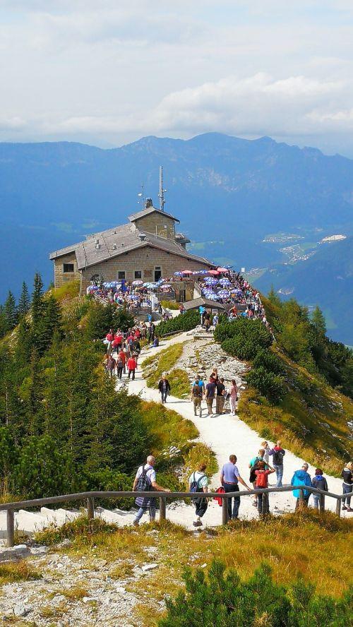 erelio lizdas,Obersalzberg,turistų atrakcijos