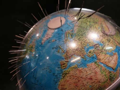 earth globe magnetism