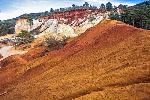 earth  red  hill