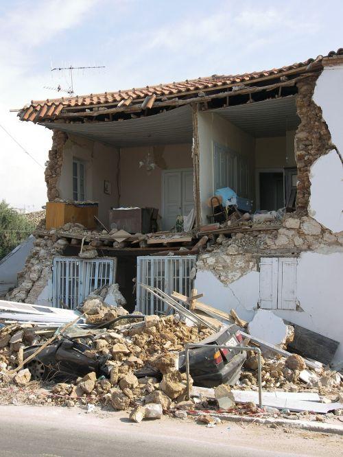earthquake peleponnes damage