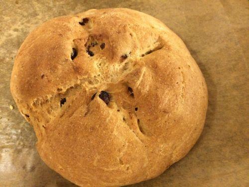 yeast bread bread raisin bread