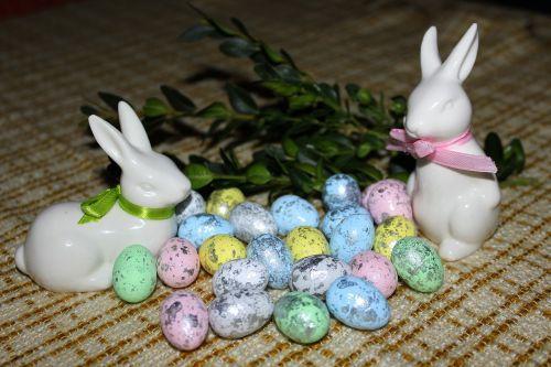 easter eggs bunnies