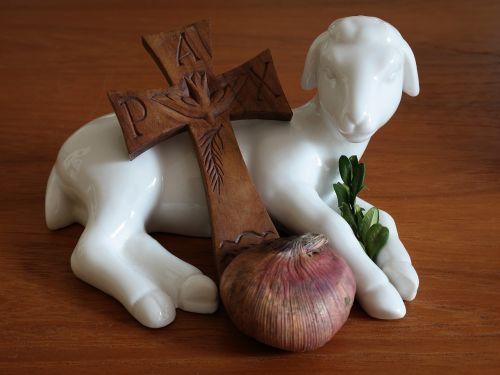 easter lamb cross