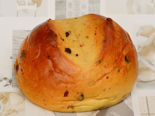 easter bread yeast raisins