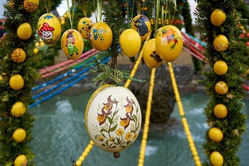 Velykų gerai, Bieberbach, Velykų kiaušiniai, užsakymą, fontanas papuošalai, Velykų, Velyku Triusis, Religija, Velykinis kiaušinis, apdaila, Velykų tradicijos, Velykų tema, tradicija, linksmų Velykų, Velykų sveikinimo, frankonų Šveicarija, Egloffstein, Gineso knyga, Gineso rekordų knygą, spalvinga kiaušiniai, kiškis, Muitinės, Deco, nudažyti kiaušinį, pavasaris, Velykų dekoracijos, Velykų sveikinimai, spalvinga, kiaušinis, Velykų šventė, linksma, Velykų apdaila, atvirukas, osterkorb
