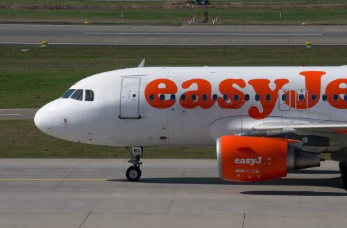 easyjet aircraft airbus
