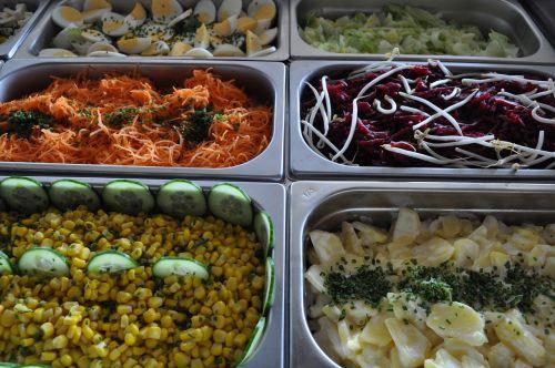 eat salad buffet meal