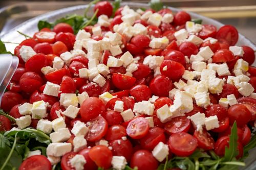eat mozzarella salad