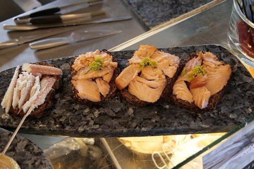 eat  fish  nutrition