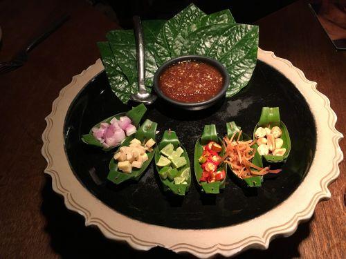 eat thai starter bangkok