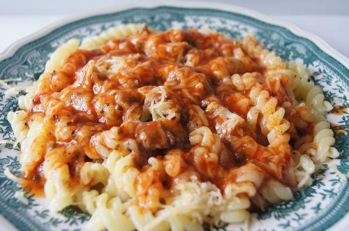 eating spaghetti pasta