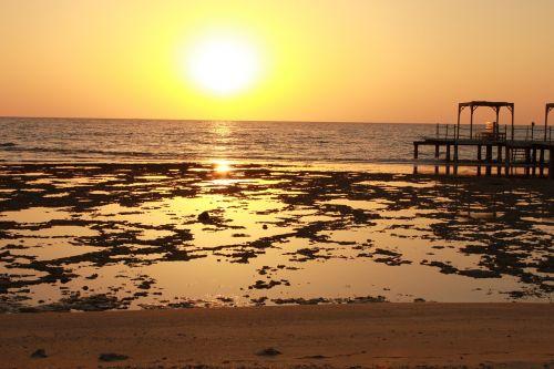 ebb sea beach