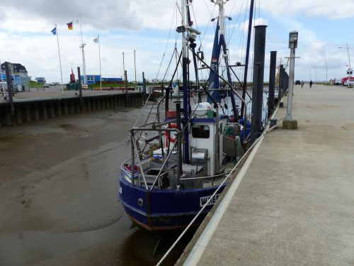 ebb fishing vessel port