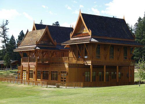 echo valley ranch building