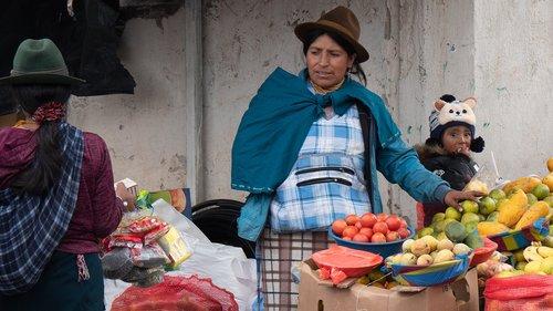 ecuador  market  vegetables
