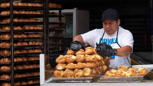 ecuador  baker  street vending
