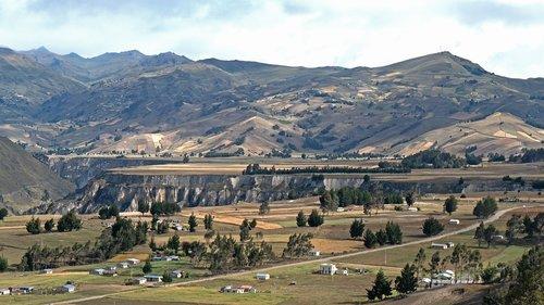 ecuador  mountains  landscape