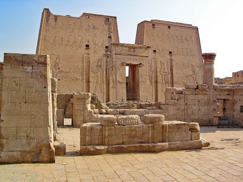 edfu egypt temple