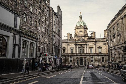 Edinburgas & nbsp, - & nbsp, Škotija, Škotija, miestas & nbsp, gatvė, gatvė, royal & nbsp, mylių, uk, žemas & nbsp, kampo & nbsp, peržiūra, britų & nbsp, kultūra, turistinis, škotiška & nbsp, kultūra, vaikščioti, garsus & nbsp, vieta, miestas & nbsp, gyvenimas, žmonės, 2017, kapitalas & nbsp, miestai, debesis & nbsp, - & nbsp, dangus, cumulus & nbsp, debesys, horizontalus, atsitiktiniai & nbsp, žmonės, Edinburgas
